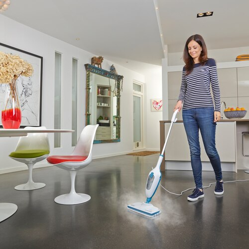 Black and Decker - 1300W steammop - FSM13E1